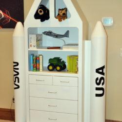 Space Shuttle Dresser