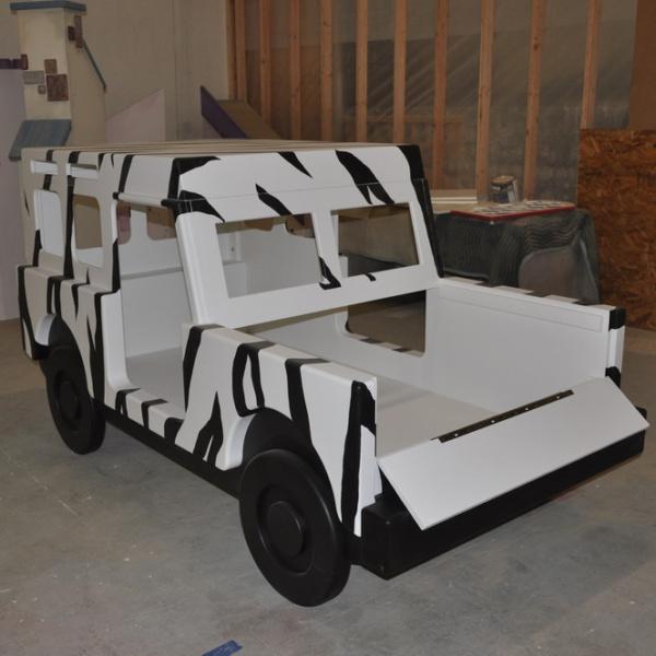 Safari Jeep Bed Open Hood