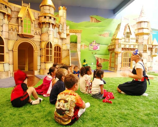 Kid Ventures Castle Playhouse