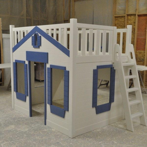 Mason Cottage Themed Bunk Bed with Ladder