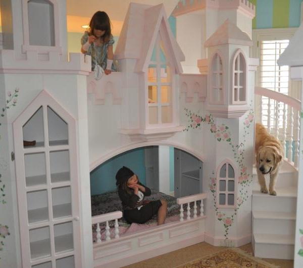Braun Princess Castle Bunk Bed with Dog