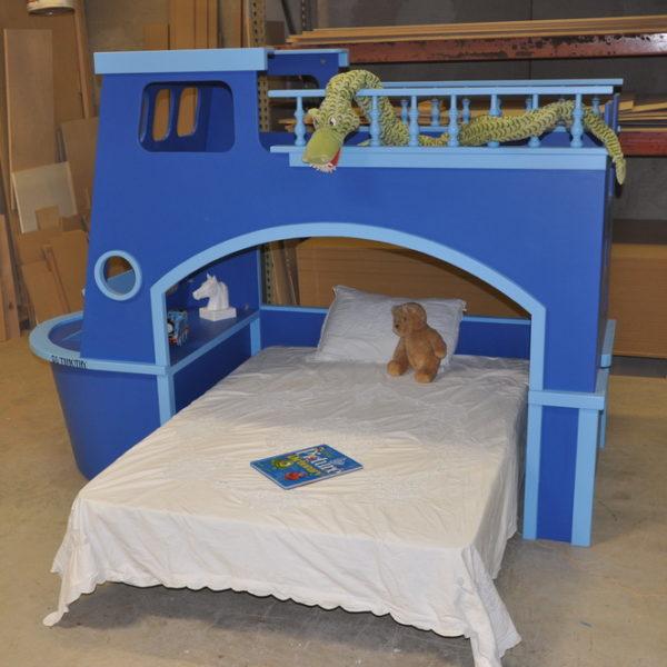 Tate's Tugboat Side View w Full Size Mattress