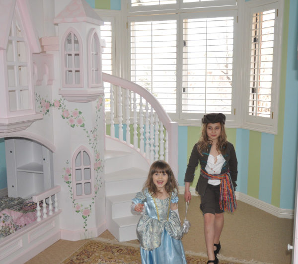 Braun Princess Castle Bunk Bed with hand painting