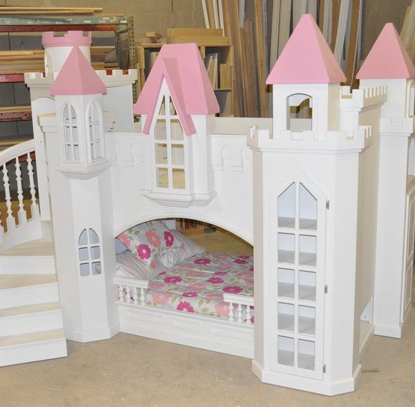 Braun Pink Castle Bunk Bed