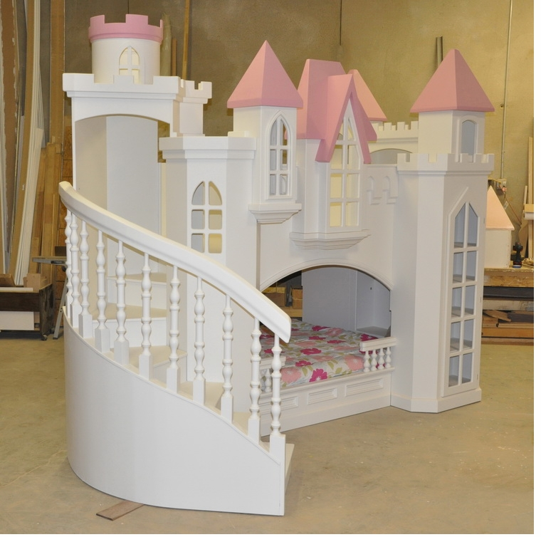 Braun castle bunk bed a perfect princess castle bed for for Kids bed design