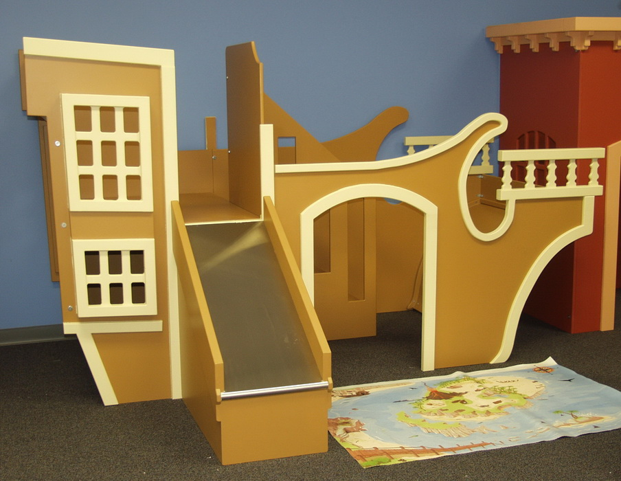 Pirate Ship Indoor Playhouse w' Slide & Stairs