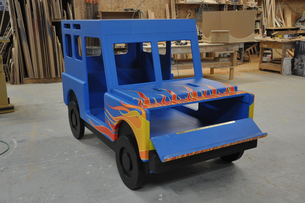 Flame Jeep Bed