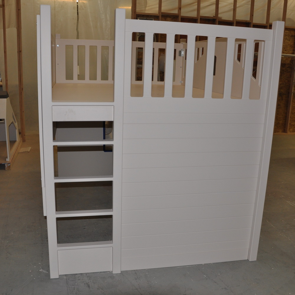 Mindy Bunk w Optional Built In Ladder
