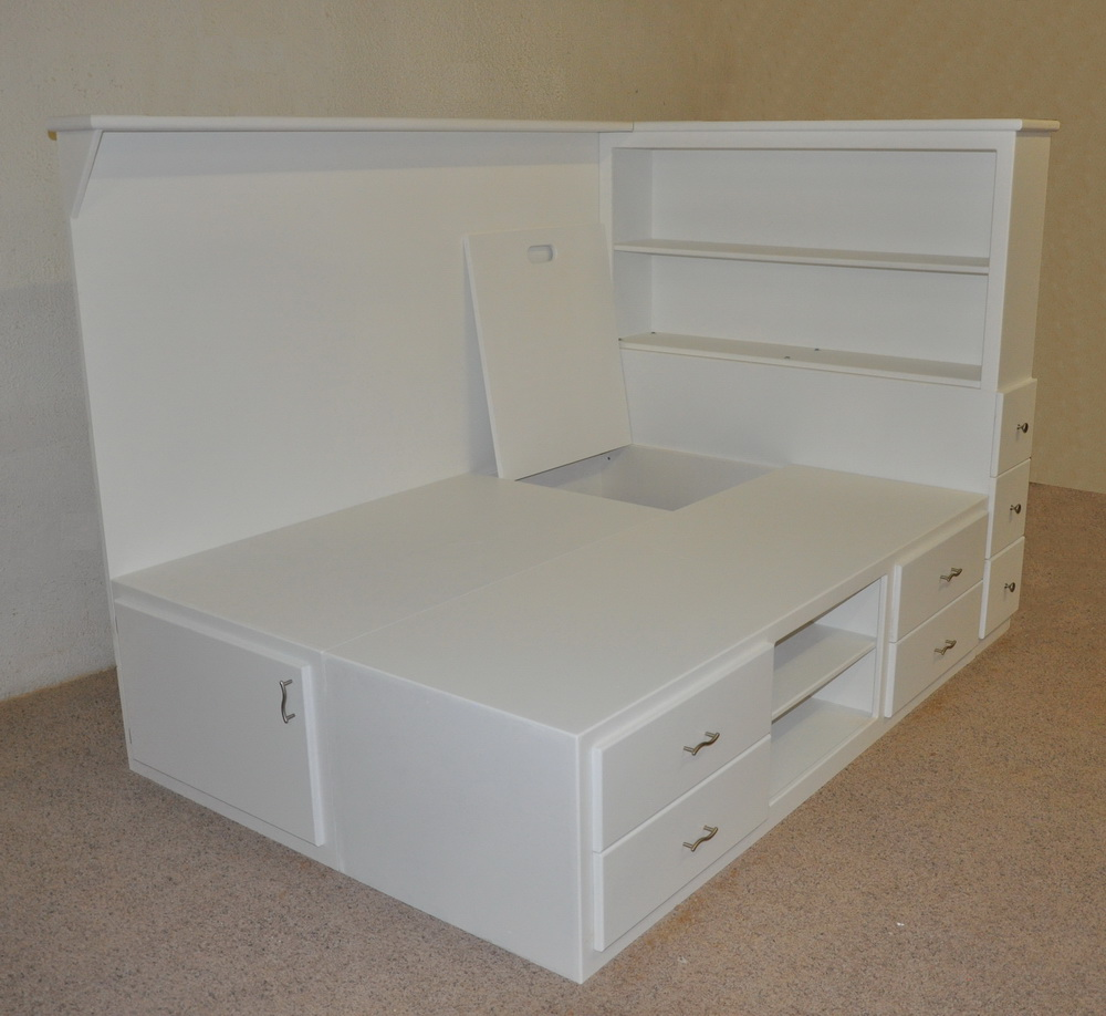 Orlando platform bed designed and built by tanglewood design for Bed design images with storage