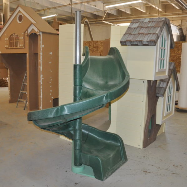 The Dailey Playhouse w/ Green Slide