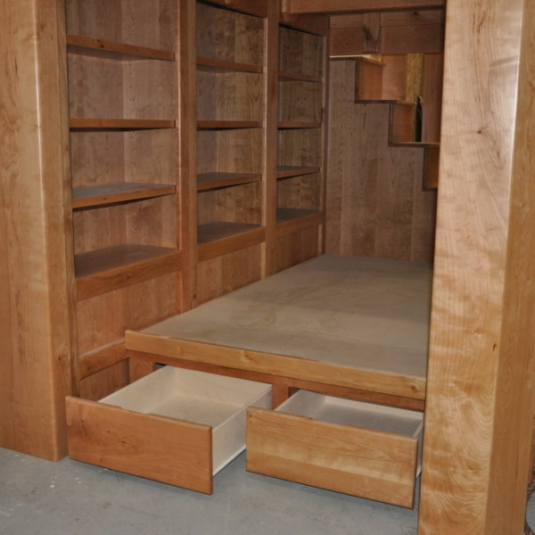 Cherrywood Platform Bed with Drawers