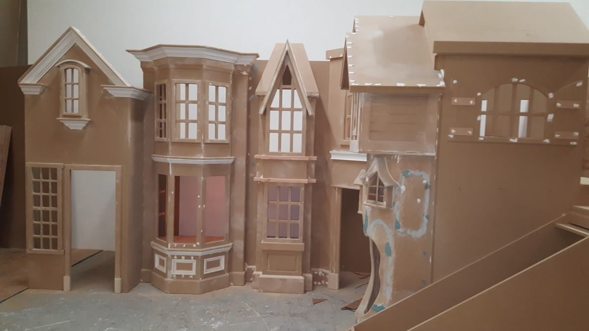 Storefront Playhouse Unpainted