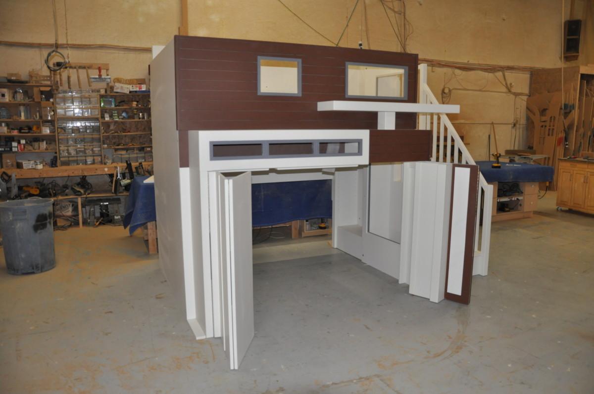 Contemporary Garage Loft Bed/Playhouse